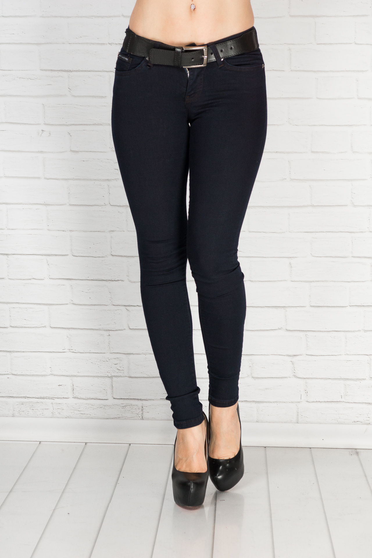 1377dfb3e16 Купить джинсы